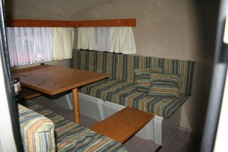 queck junior abfahrbereit neue innenausstattung 100km h. Black Bedroom Furniture Sets. Home Design Ideas